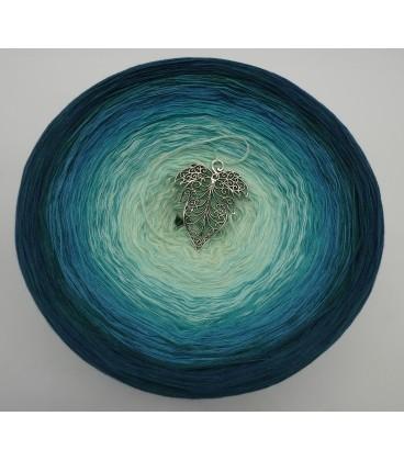 Smaragd küsst Petrol (Emerald kisses petrol) Gigantic Bobbel - 4 ply gradient yarn - image 2