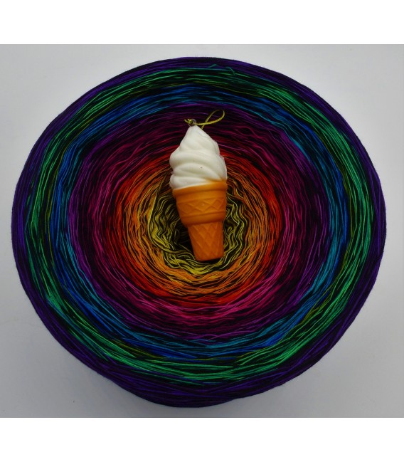Farbspektakel (Color Spectacle) Gigantic Bobbel - 4 ply gradient yarn - image 2
