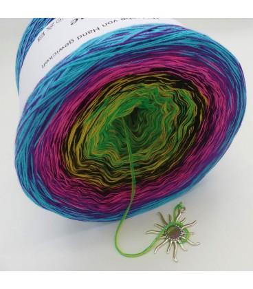 Sommerbunt mit Schwarz (Summer colorful with black) - 4 ply gradient yarn - image 5