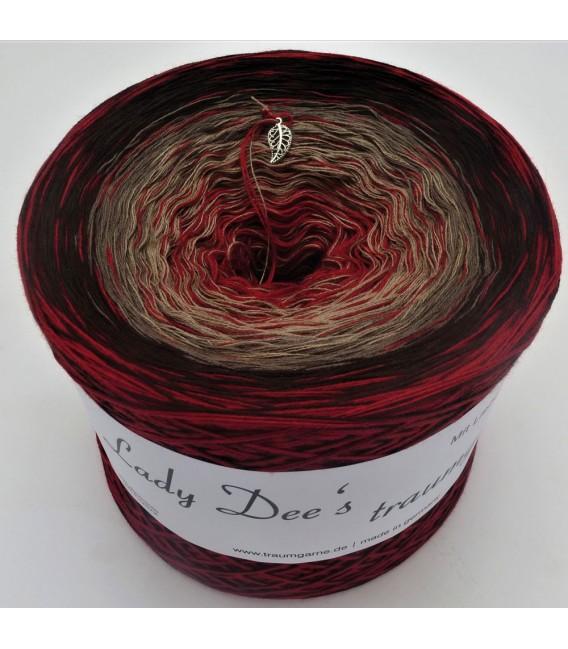 Edelchen in Burgund (Precious in Burgundy) - 4 ply gradient yarn - image 1