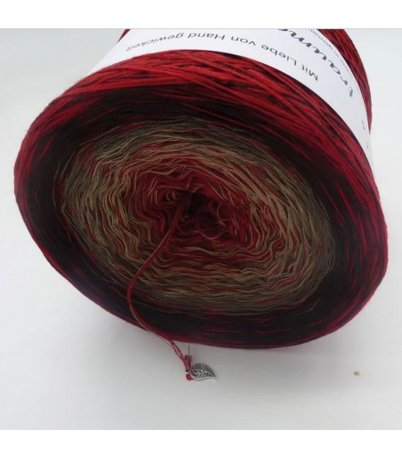 Edelchen in Burgund (Precious in Burgundy) - 4 ply gradient yarn - image 4