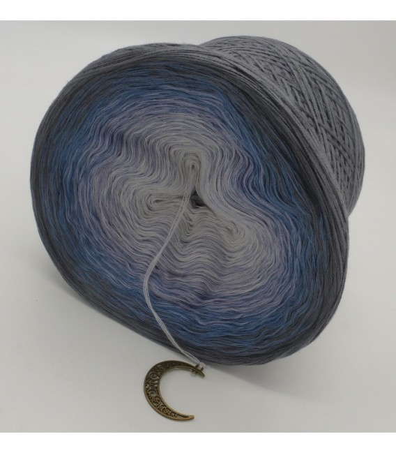 Mondscheinnacht (Moonlight Night) - 4 ply gradient yarn - image 9