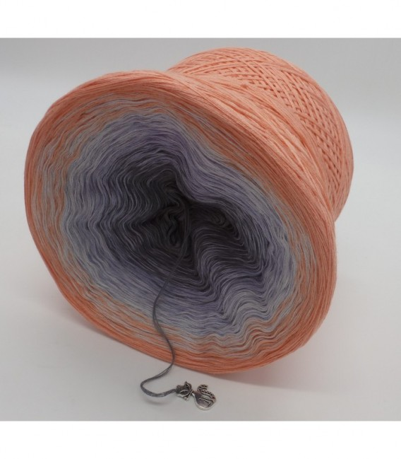 Offenbarung (Revelation) - 4 ply gradient yarn - image 9
