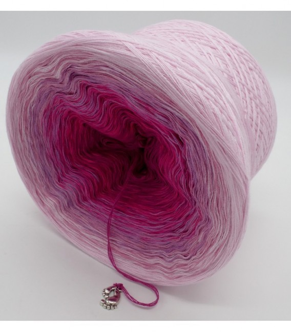 Dancing Queen - 4 ply gradient yarn - image 9