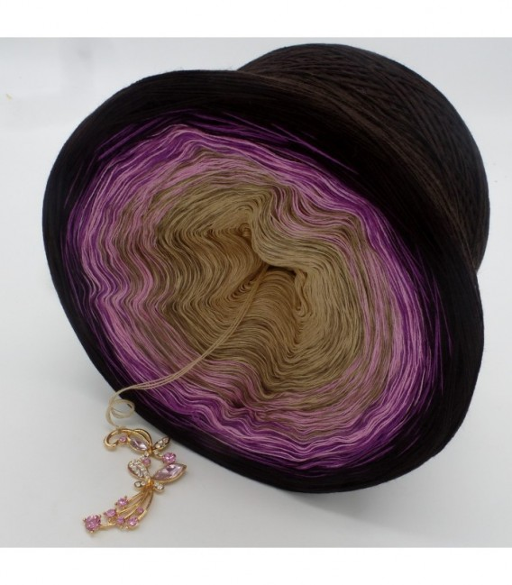 Silhouette - 4 ply gradient yarn - image 10