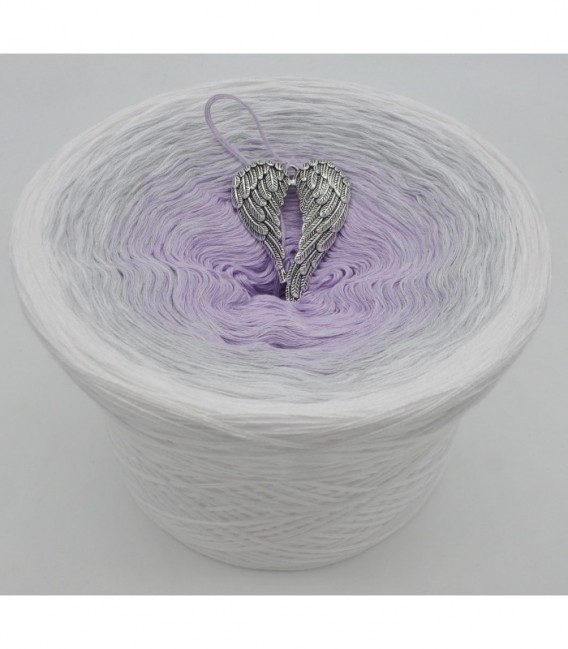 gradient yarn Winterengel - lavender outside
