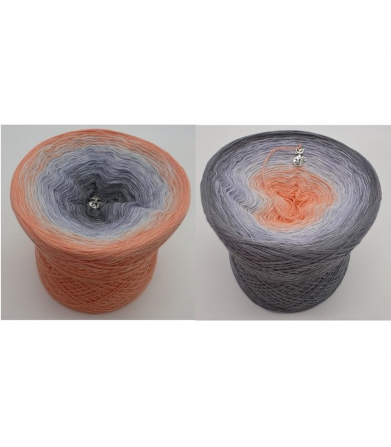 Offenbarung (Revelation) - 4 ply gradient yarn - image 1