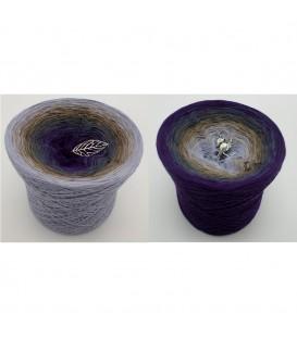 Land der Träume - 4 ply gradient yarn image