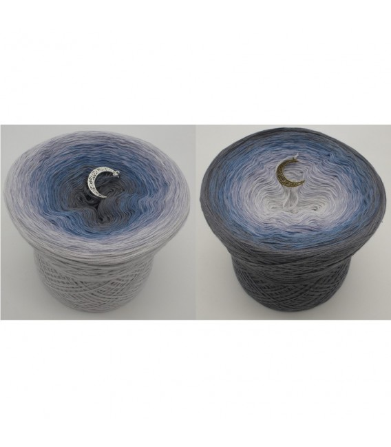 Mondscheinnacht (Moonlight Night) - 4 ply gradient yarn - image 1