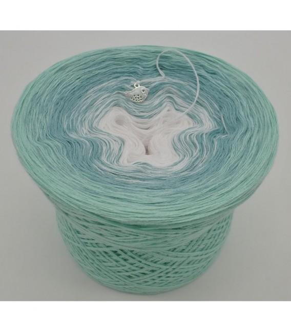 Sanfter Frühlingswind (Gentle spring wind) - 3 ply gradient yarn - image 6