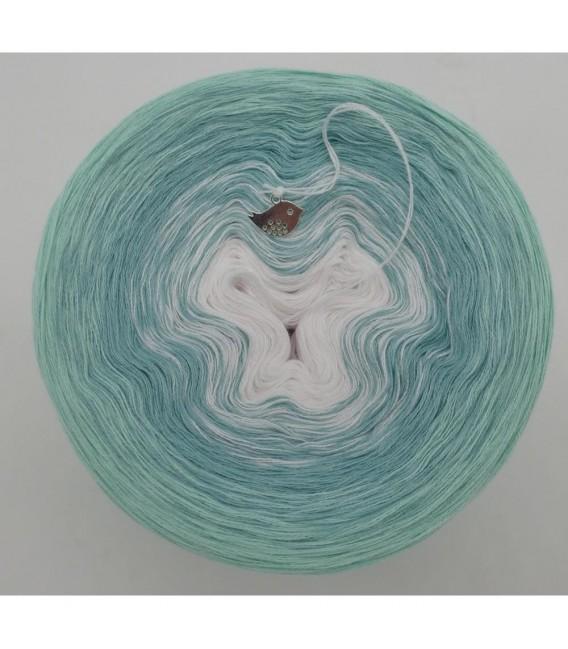 Sanfter Frühlingswind (Gentle spring wind) - 3 ply gradient yarn - image 9
