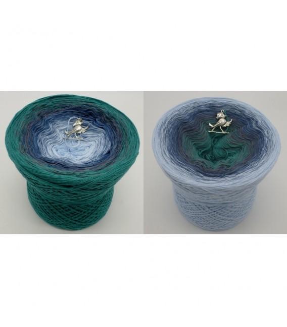 Nebelschleier (Fog veil) - 4 ply gradient yarn - image 1
