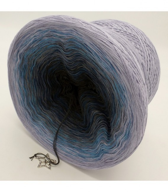 Flug zu den Sternen (Flight to the stars) - 4 ply gradient yarn - image 9