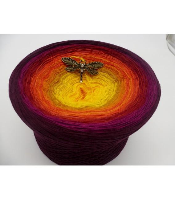 Sonne des Südens (Sun of the South) Mega Bobbel - 4 ply gradient yarn - image 5
