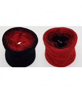 Vampirella - 5 ply gradient yarn image 1