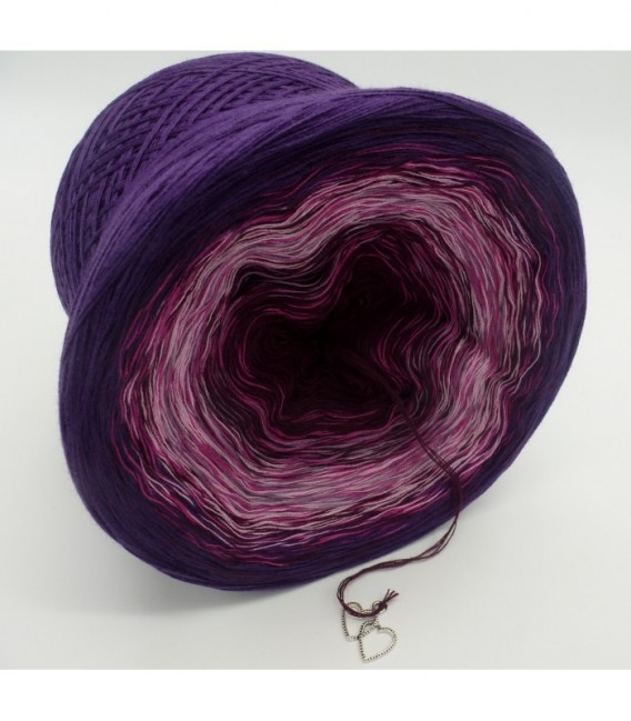 Herzklopfen (Heart palpitations) - 4 ply gradient yarn - image 8