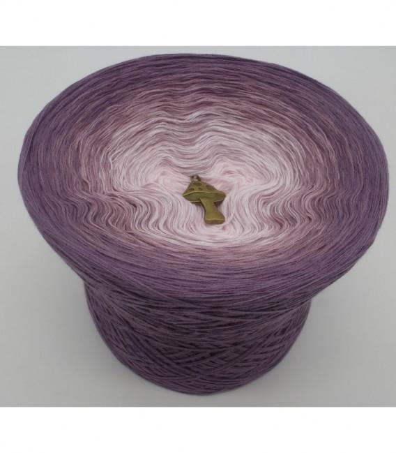 Zärtliche Berührung (gentle touch) - 4 ply gradient yarn - image 6