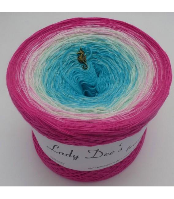 Aloha - 4 ply gradient yarn - image 8