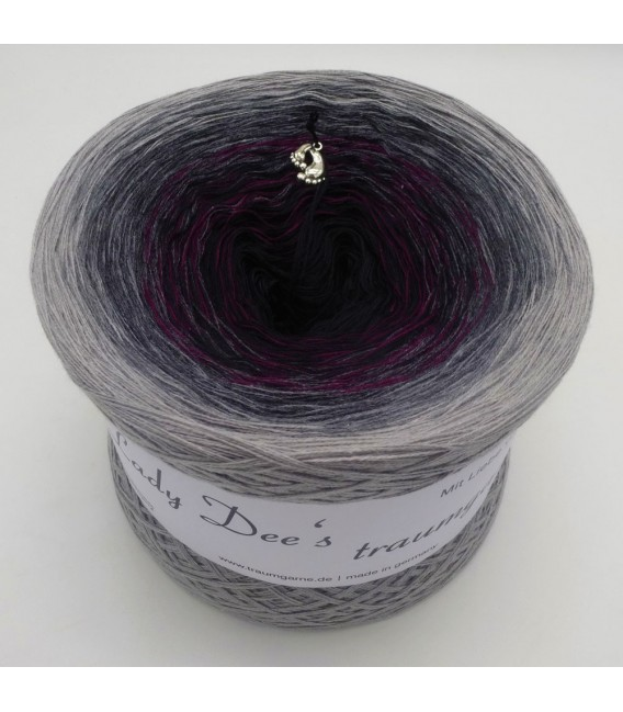 Farbklecks in Vino (Color blob in Vino) - 4 ply gradient yarn - image 6