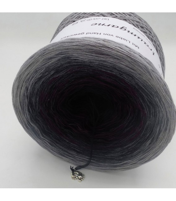 Farbklecks in Vino (Color blob in Vino) - 4 ply gradient yarn - image 8