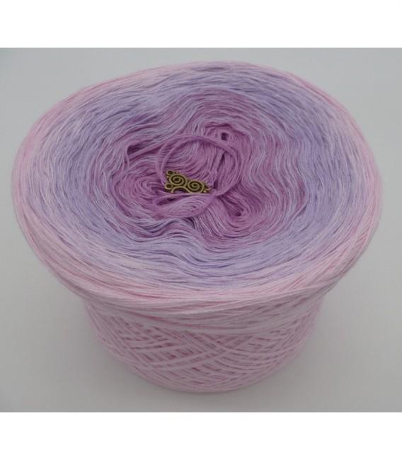 Reine Unschuld - 3 ply gradient yarn image 6