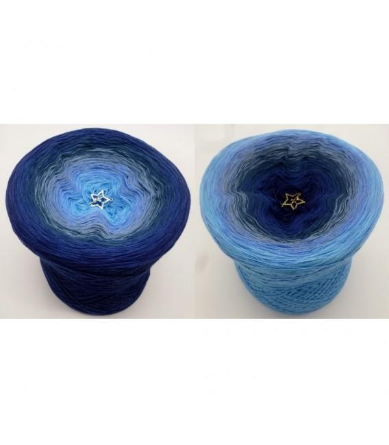 Mondstaub (moondust) - 4 ply gradient yarn - image 1