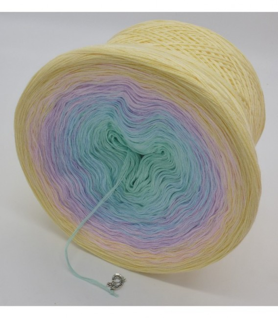gradient yarn 4ply Regenbogen - pistachio outside