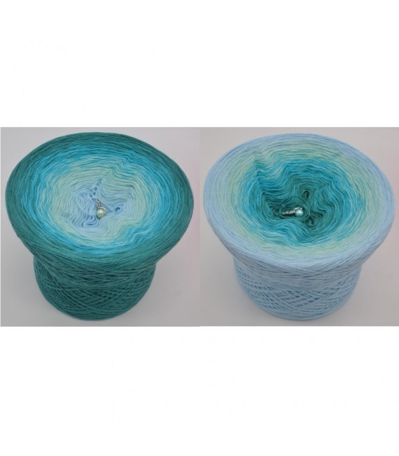Wind und Meer (Wind and sea) - 4 ply gradient yarn - image 1