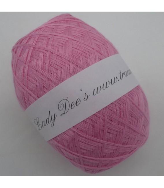 Lace Yarn - 057 Pink - Photo