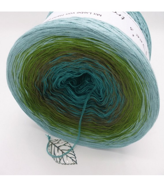 September Bobbel 2018 - 4 ply gradient yarn - image 4