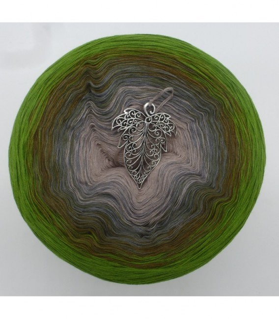 Barfuß im Moos (Barefoot in moss) - 4 ply gradient yarn - image 7