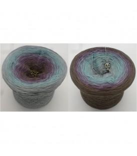 Maybe - 4 ply gradient yarn