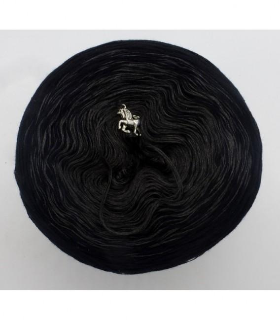 Black Beauty - 5 нитевидные градиента пряжи - Фото 7