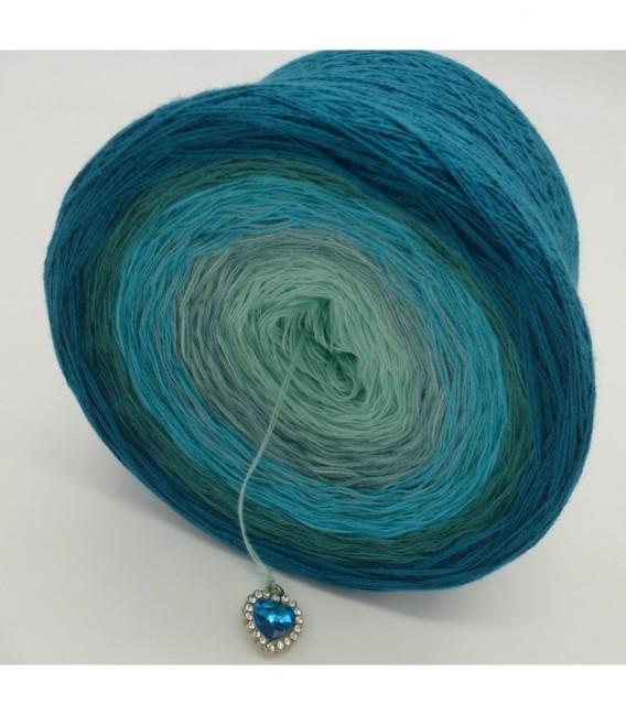 Mauritius - 2 ply gradient yarn image 10