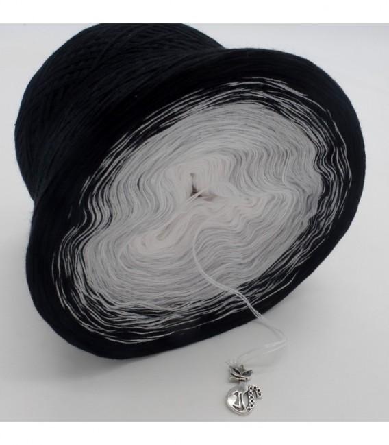 Night Wind - 3 ply gradient yarn image 8