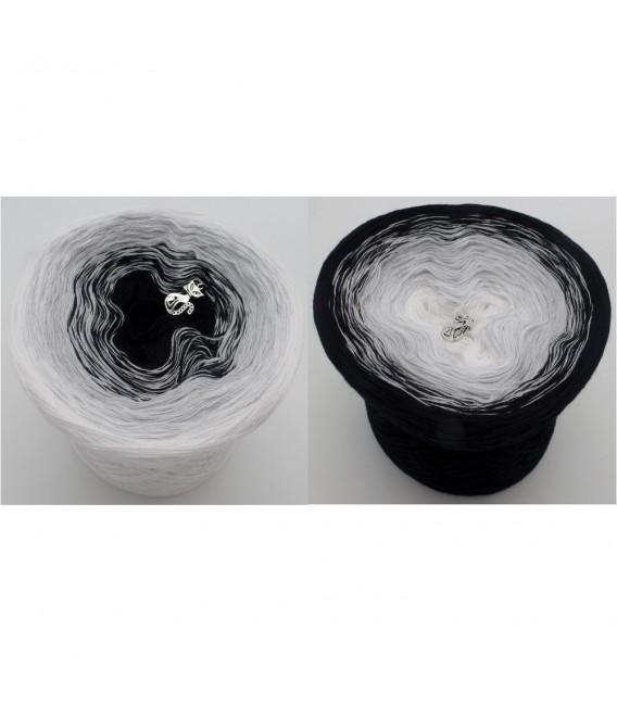Night Wind - 3 ply gradient yarn image 1