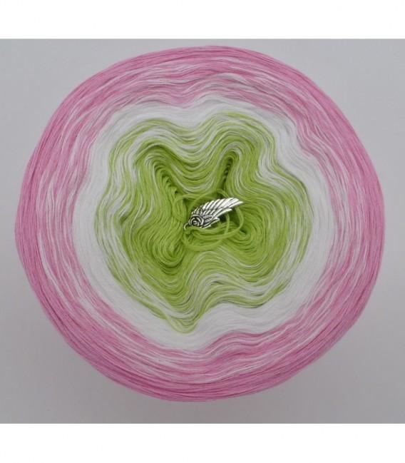 Zarte Blüten - Farbverlaufsgarn 3-fädig - Bild 7