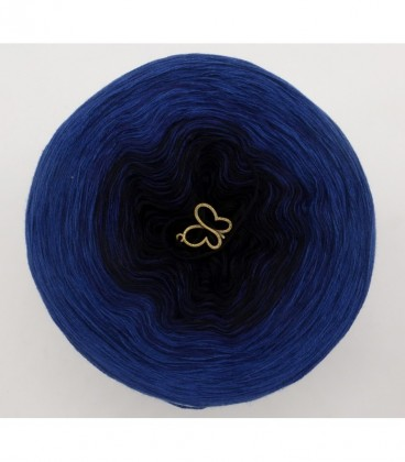Blue Darkness - 3 ply gradient yarn image 7
