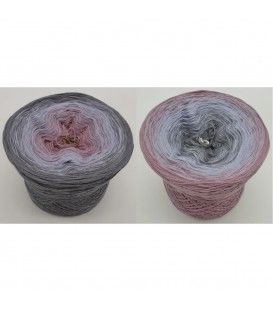 Indian Rose - 3 ply gradient yarn