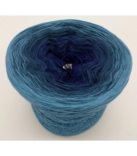 Ozean der Träume - 3 ply gradient yarn image 6