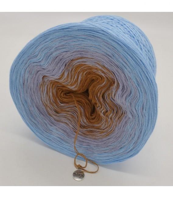 Himmel und Erde - 3 ply gradient yarn image 9