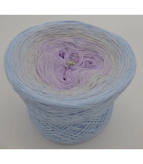 Zartes Glück - 3 ply gradient yarn image 6