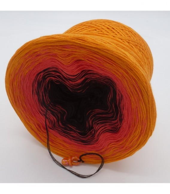 Passion - 3 ply gradient yarn image 9