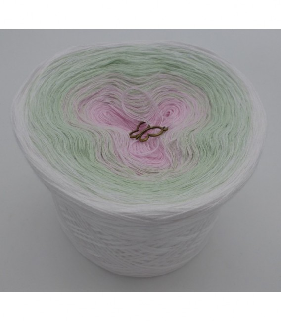Zarte Lilienknospe - 3 ply gradient yarn image 6