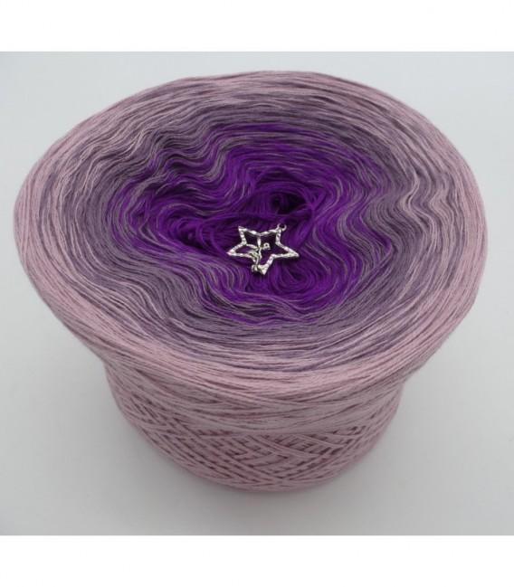Träumendes Veilchen - Farbverlaufsgarn 3-fädig - Bild 6