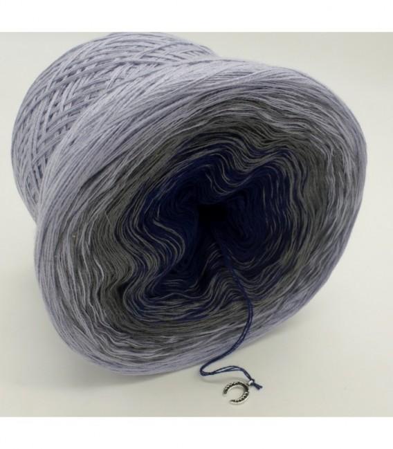 Blue Velvet (Синий бархат) - 3 нитевидные градиента пряжи - Фото 8