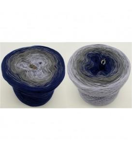 Blue Velvet (Синий бархат) - 3 нитевидные градиента пряжи - Фото 1