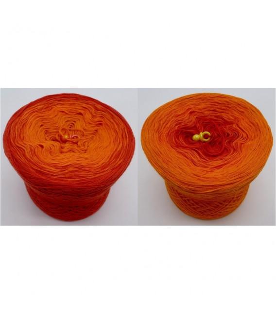 Herbstzauber - 3 ply gradient yarn image 1
