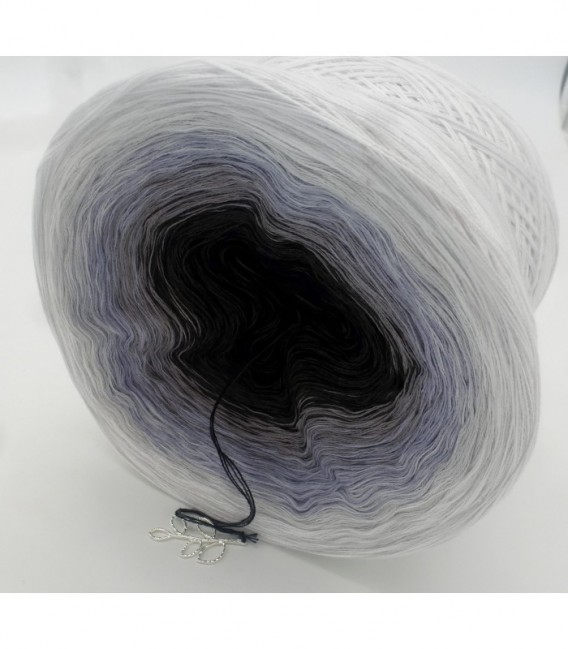 Stimmen im Wind (voices in the wind) - 4 ply gradient yarn - image 8