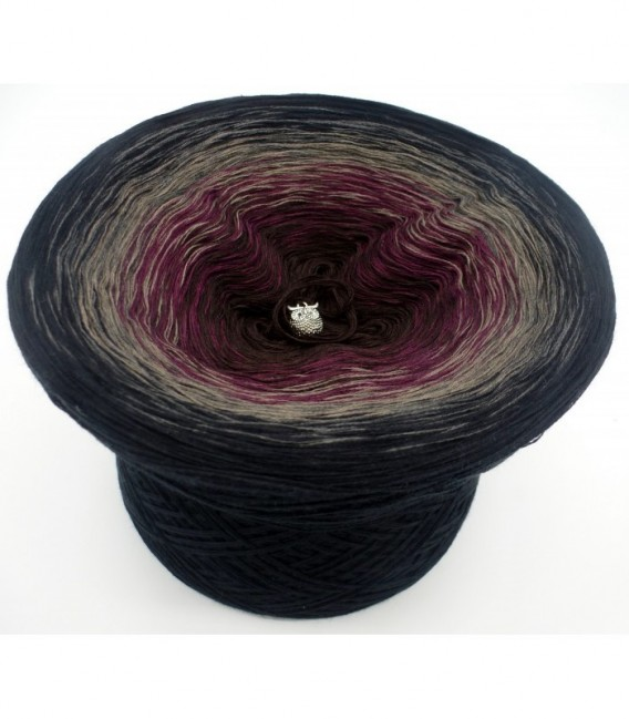 Dunkle Schatten (Dark shadows) - 4 ply gradient yarn - image 6
